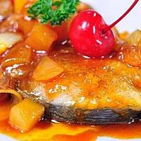 Fried mackerel with sweet and sour