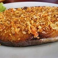 Fried mackerel with garlic