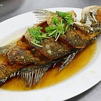 Fried snapper with fish sauce