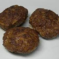 Meatballs with bread & mustard