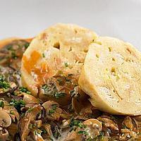 Mushroom Goulash & bread dumplings