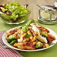 Pasta with Chicken in Tomato sauce