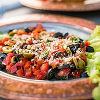 Zeytin Salatasi