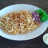 spaghetti with pork ragout (pork bolognese)