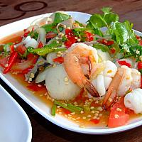 spicy seafood salad/ ยำทะเล