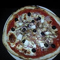 Pizza Greek