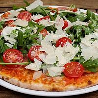 Pizza CherryTomatoes, Arugula and Grana Cheese
