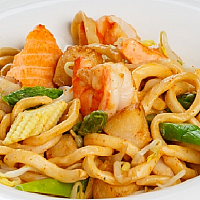 Udon with seafood and vegetables