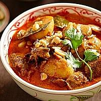 Massaman Chichken Curry with rice