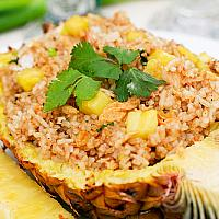 Fried Rice With Pineapple and Chiken