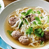 Noodle Soup with Minced Pork