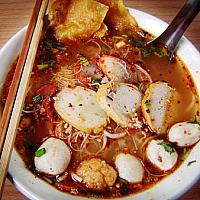 Spagetti Seafood Tom Yum