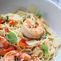 Pasta with Shrimps and Cream sauce
