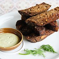 Garlic toasts to enjoy with beer