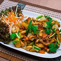 CASHEW NUTS chicken or pork