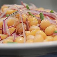 Burmese Chickpeas Salad