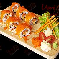 Salmon california roll