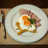 Ham, Egg & Chips