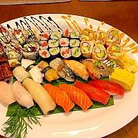 Sushi set sakura