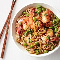 Chow Mein noodles with shrimp