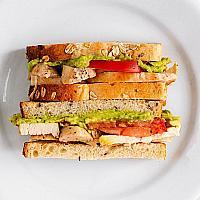 Organic Multi Grain Bread with Chicken, Tomato & Pesto