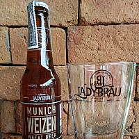 Munich Weizen Wheat Craft Beer