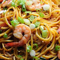 Stir fried yellow noodles with shrimp