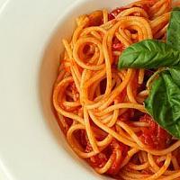 spaghetti tomato sauce