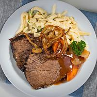 ROAST BEEF WITH ONIONS FROM THE COW