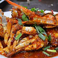 Stir fried crab with chili paste