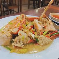 Stir fried crab with lemon sauce