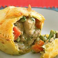 Chicken curry pie