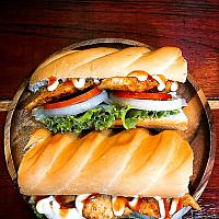 chicken grill in baguette