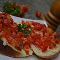 Bruschetta Tomato & Mozzarella