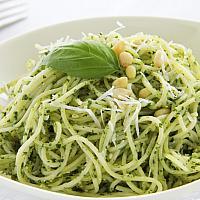 Spaghetti Pesto (v)