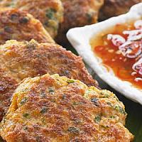 Fried Fish Cakes with Green Beans