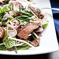 Sliced Beef Steak Salad with Mint