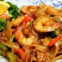 Drunken Noodles with Prawns