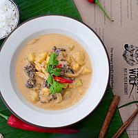 Massaman curry with beef and potatoes