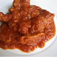 Pork loin in tomato sauce