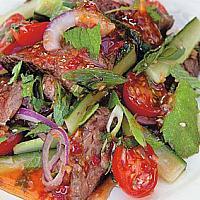 Yam Striploin | Салат с говядиной гриль | 烤牛肉沙拉