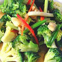 Fried Broccoli with Oyster Sauce