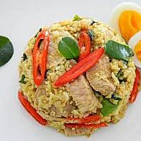 Chicken green curry fried rice