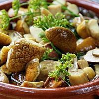 Грибы маринованые (остер-гриб в нарезке)