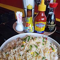 98 Yangzhou fried rice (Small)  (ข้าวผัดหยางโจเล็ก)