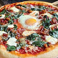 Spinach, hen's egg & nutmeg Pizza