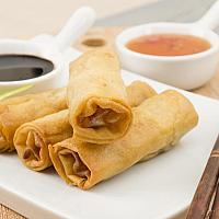 "2 ""Wong's original"" vegetable spring rolls (4 pcs)  (ปอเปี๊ยะผัก)"
