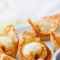 5 Crispy wonton shrimp (4 pcs)  (เกี๊ยวกุ้งทอดกรอบ)