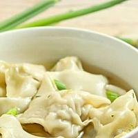 "11. ""Wong's"" Won Ton Soup (Prawn dumpling) (เกี๊ยวน้ำกุ้ง)"