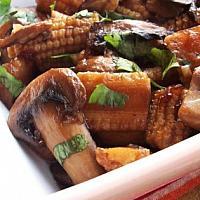 103 Stir fried baby corn with straw mushrooms